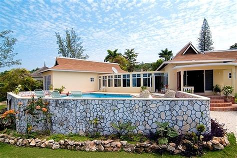House For Sale in Ironshore, St
