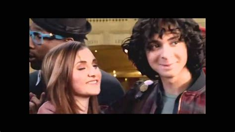 Moose And Camille Kiss - YouTube